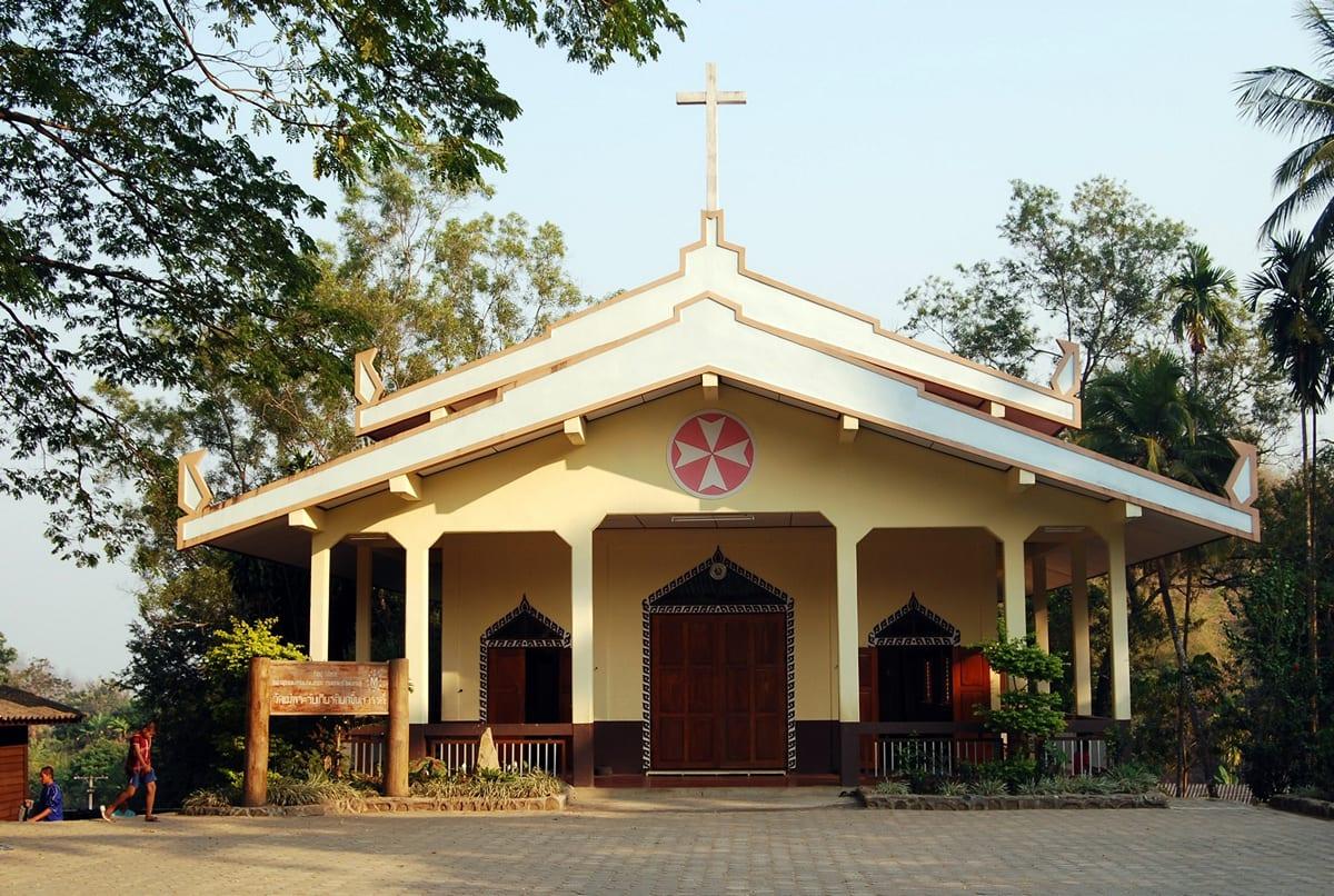 Assumption Church Mae Pon